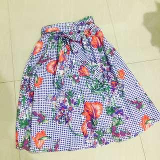 Tropical button-down design long skirt