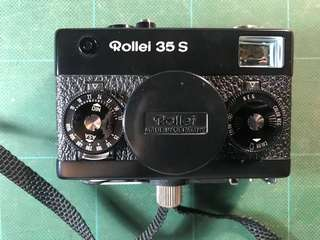 Rollei 35s with strap