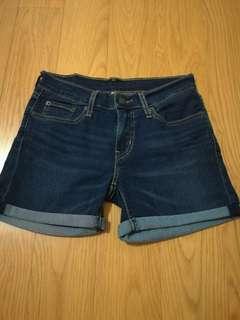 🚚 Levi's 牛仔短褲(27腰,有彈性)