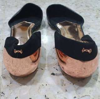 TED BAKER FLAT
