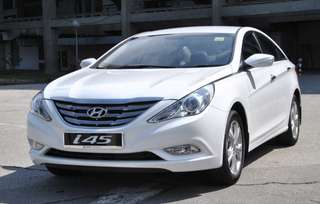 Hyundai i45 for rent.