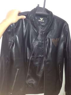 Black leather jacket for men- large to XL