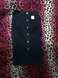 denim hi waist skirt , size 25-26