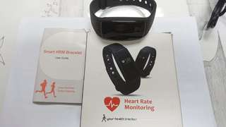 HEART RATE MONITOR BRACELET