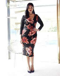 Lace Sleeve 3D Floral Plus Size Dress