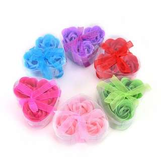 (Pre-order) 3Pcs Scented Rose Flower Petal Bath Body Soap Wedding Party gift (Plastic container)
