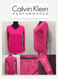 Calvin Klein Performance Quick Dry Logo V-Neck Long Shirt - Magenta