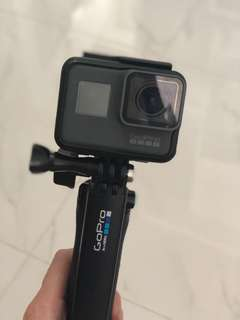 GoPro Hero 5 black camera with 4K 64G SD Card