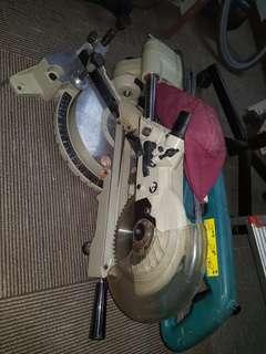 Makita slide compound electrical saw