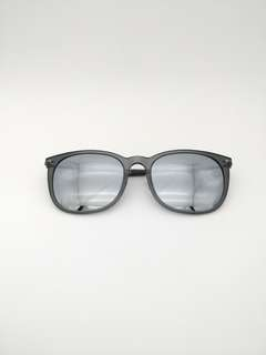 Pepe Jeans reflective lense, super light weight sunglasses