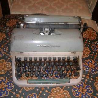 Remington Typewritter