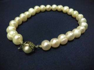 AUTHENTIC Set Freshwater PEARL Necklace And Bracelet