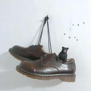 。error dot。巧克力布朗尼真皮小皮鞋 34-41