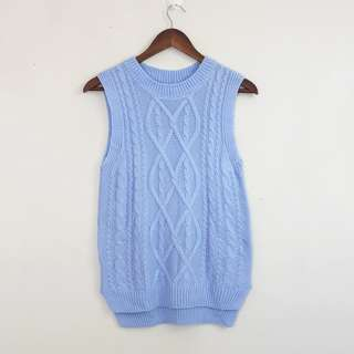 Baby Blue Knitted Sleeveless Blouse (S-M)