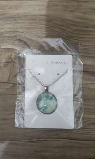Moon Necklace (Glow In The Dark)