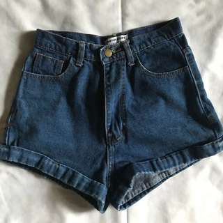 American Apparel Highwaisted Shorts
