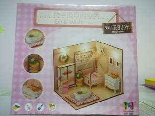 Wood craft - Girl living room