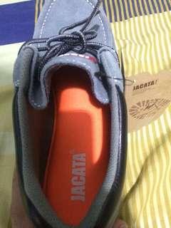 Jakata Shoes
