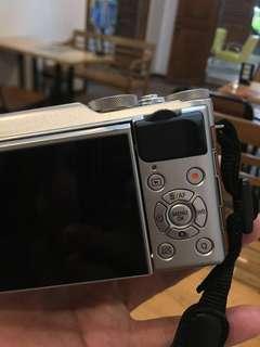 Fujifilm XA 10 brown