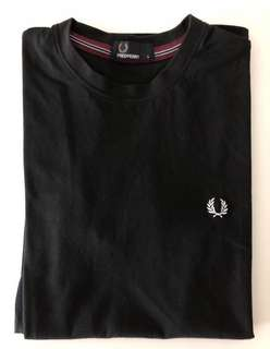 Fred Perry- Tee Shirt