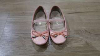 Girl shoes 3-4 yr