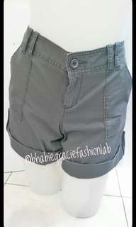 Old Navy Low Rise Ladies Shorts