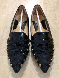 *Almost new* European calf and patent leather flats - Size 36