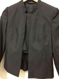 🚚 MASTINA 灰黑直紋套裝 (裙子)