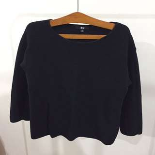 Uniqlo Crop 3/4 Tshirt