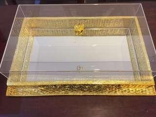 Kotak emas kaca