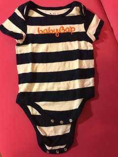 🚚 Gap baby男寶包屁衣