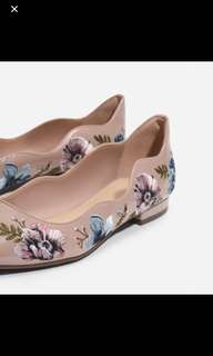 Rose pink embroidery scallop flats