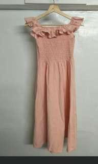荷葉粉紅洋裝