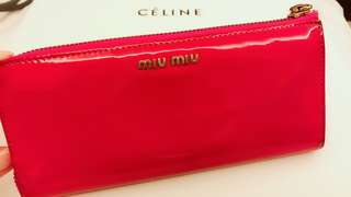 🈹🈹🈹 😱😱😱   💯% real Miu miu 漆皮銀包 / not hermes celine Prada dior Valentino