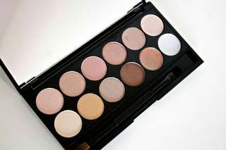 Seventeen eyeshadow palette (Boots UK)