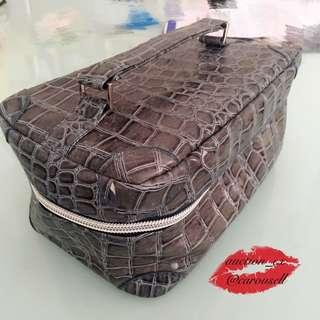 h2o鱷魚皮紋款手提化妝包