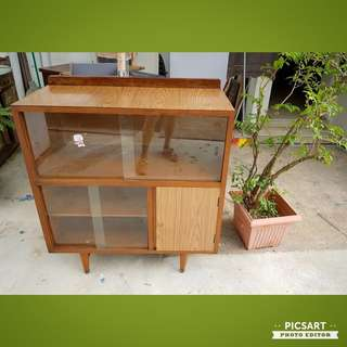 1970s Glass Cabinet or Book Case with. Good Condition. $288 offer, sms 96337309.