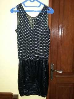 Dress polkadot hitam zara