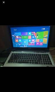 Asus X5GV 15,6 inch very new