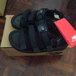 全新-new balance黑底涼拖鞋
