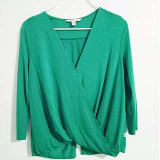 American Eagle Outfitters Green V-neck Top P200
