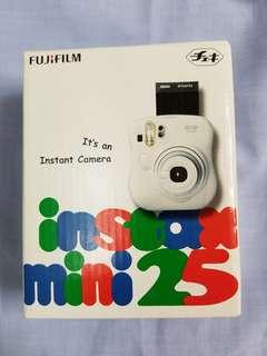 (全新) Fujifilm instax mini 25 即影即有相機 送卡通相紙!
