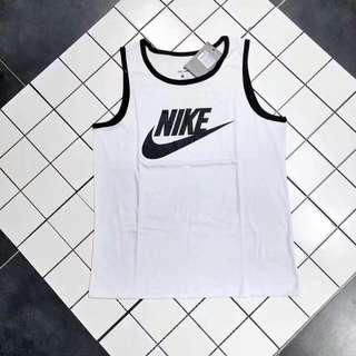 Nike 背心!