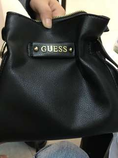 🚚 Guess 小包