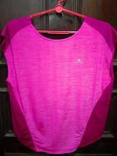 Pink sports top for women