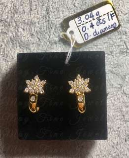 Snow Flake Diamond and Gold Diamond Earrings