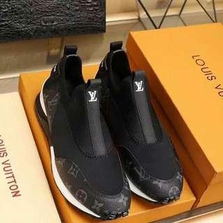 Sepatu pria Lv sneaker new
