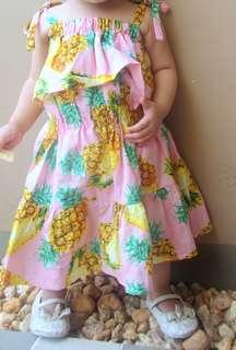 D&G inspired pineapple fabric (Celestine Amabelle)