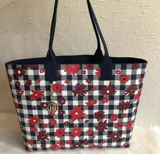 Authentic BNEW Tommy Hilfiger Large Reversible Tote Bag