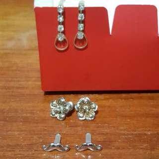 Buy1 Get1 Earrings